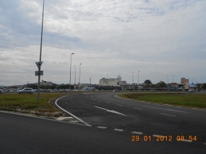 Kondisi jalannya (infrastruktur) mantap abissss.. :)